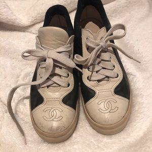 AUTHENTIC VINTAGE CHANEL SNEAKERS SZ 6